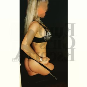 Nadjette massage parlor, escort girl