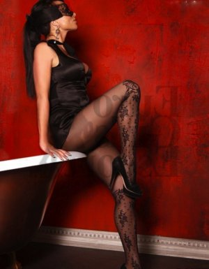 Marjolaine escort in Richmond West FL