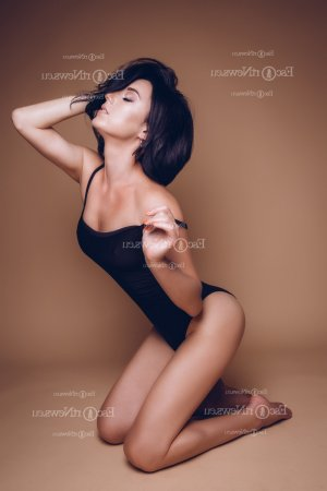 Cassilia live escort & thai massage