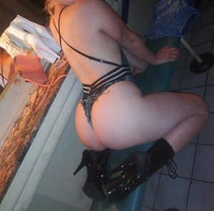 Marie-béatrice tantra massage in Troy OH and escorts